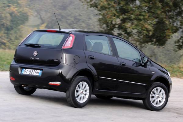Fiat Punto Evo 1.3 Multijet - Auto.it on fiat ritmo, fiat stilo, fiat cinquecento, fiat coupe, fiat barchetta, fiat 500 abarth, fiat spider, fiat marea, fiat 500 turbo, fiat cars, fiat bravo, fiat x1/9, fiat panda, fiat doblo, fiat multipla, fiat linea, fiat 500l, fiat seicento,