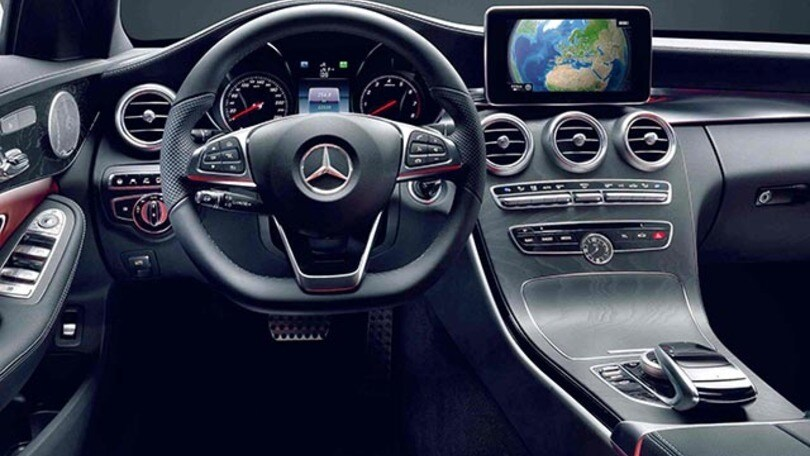 Nuova mercedes classe c i segreti degli interni made in for H e m interno