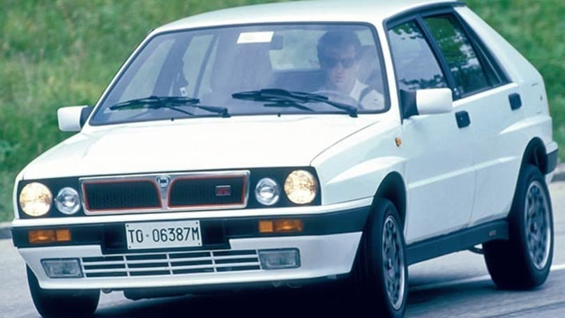 lancia delta hf turbo integrale 16v - auto.it