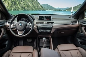 BMW X1, a trazione anteriore e integrale