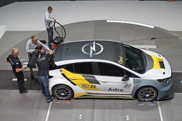 Opel-Astra-TCR-300279