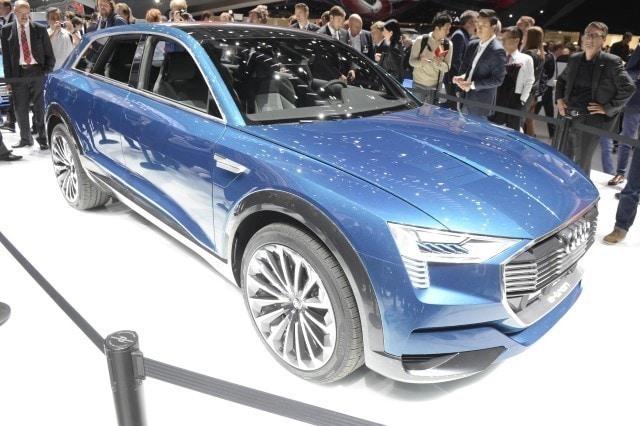 Audi e-tron Quattro concept, Salone Francoforte 2015 (2)