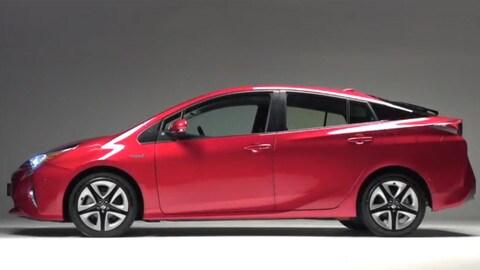 Toyota Prius, la video prova della quarta generazione