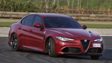Alfa Romeo Giulia, la berlina che conquista: primo contatto