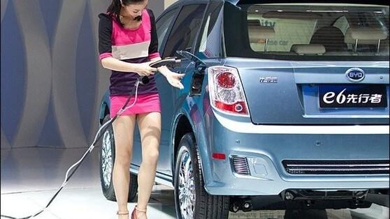 Samsung scommette sulle auto elettriche cinesi ed entra in Byd
