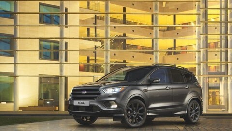 Ford Kuga ST-Line, il suv veste sportivo