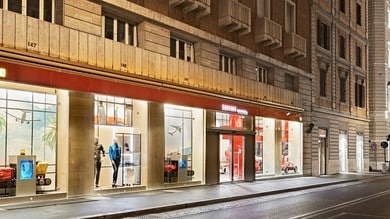 Il Ferrari Store ritorna a Roma