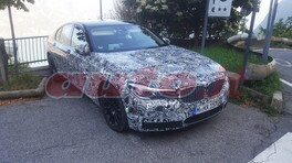 "BMW Serie 5, quasi ""nuda"" nelle foto spia"