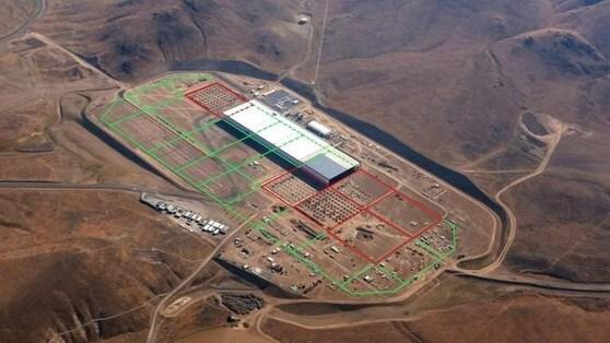 Tesla Gigafactory, inaugurazione posticipata al 2017