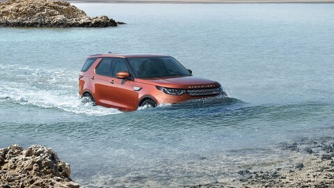 Land Rover Discovery 2017: foto