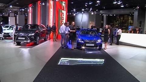 Lexus LC 500 H al Salone di Parigi 2016