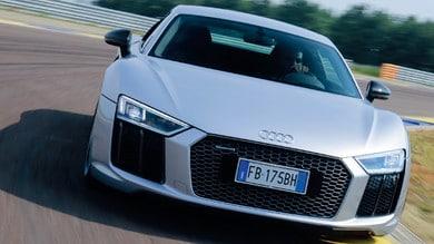 """Audi R8, supercar """"sui binari"""": la prova"""