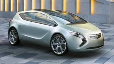 Opel, offensiva Cuv con la Crossland X