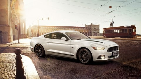 Ford Mustang Black Shadow e Blue Edition, le foto