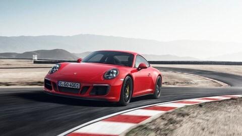 Porsche 911 GTS, le foto