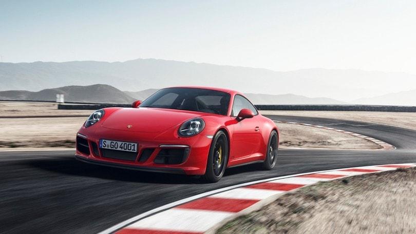 Porsche 911 GTS, iniezione di cavalli dal boxer turbo