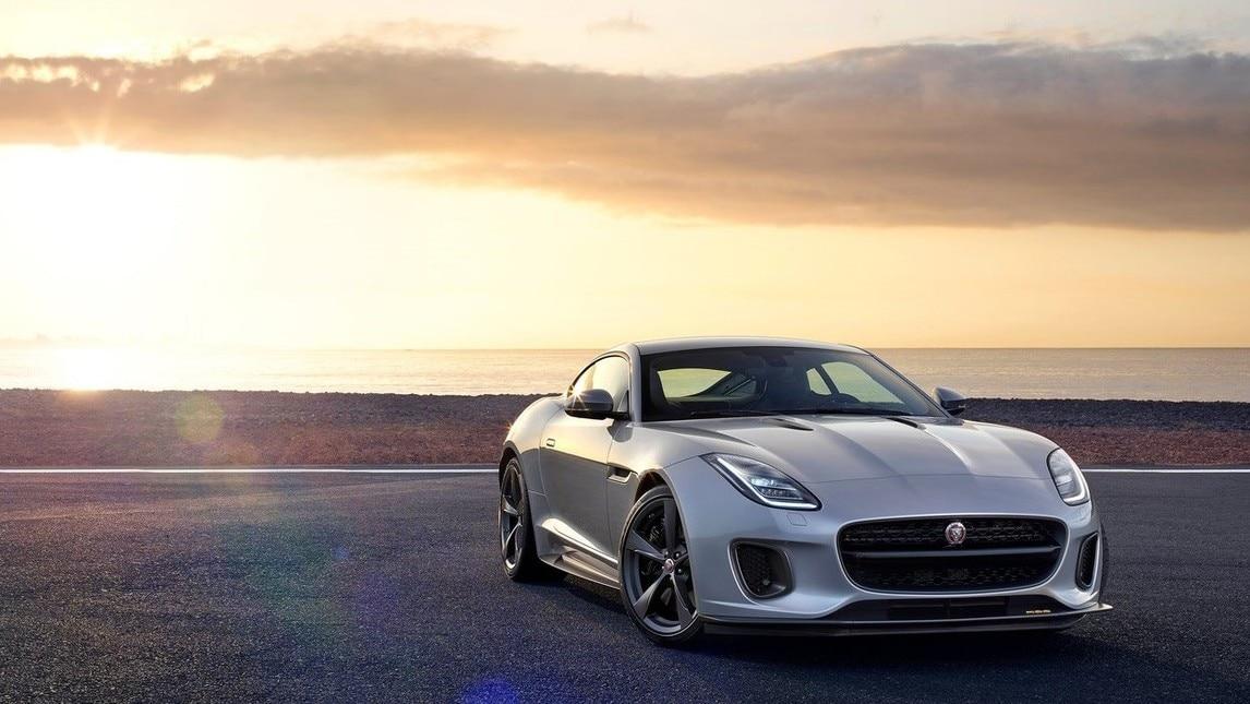 Jaguar F-Type, il giaguaro si aggiorna: il video