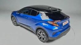 Toyota C-HR, la video prova del Suv full-hybrid