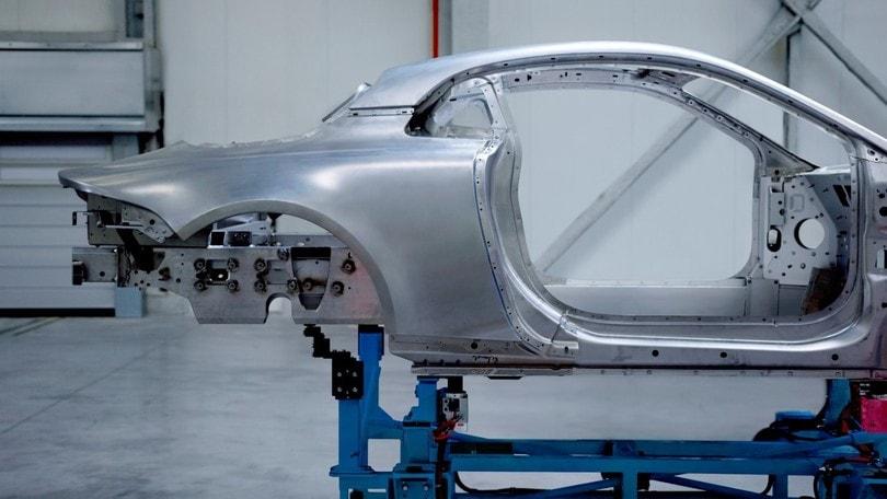 Alpine stradale, il telaio sarà tutto in alluminio
