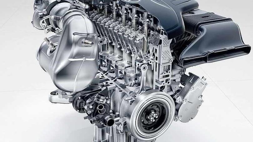 Mercedes, con i nuovi motori si