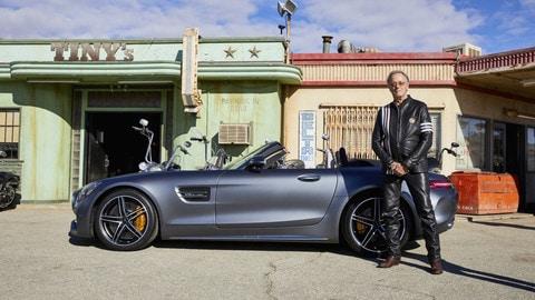 Mercedes AMG GT Roadster, lo spot dei Coen per il Super Bowl