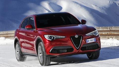 Alfa Romeo Stelvio, video in azione