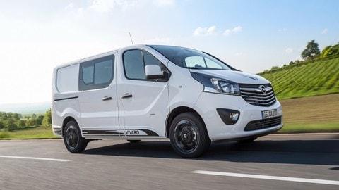 Opel Vivaro Sport: foto