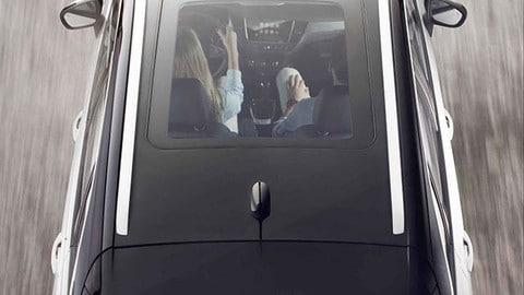 Opel Crossland X, il futuro è crossover