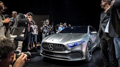 Mercedes Concept A Sedan, le foto