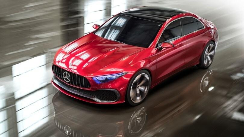 Mercedes Concept A Sedan anticipa il futuro di CLA
