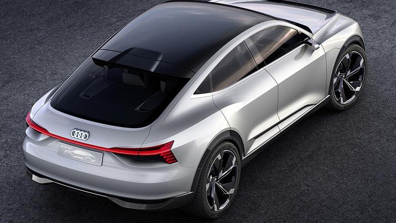 Audi e-tron Sportback, 500 CV e 3 motori elettrici