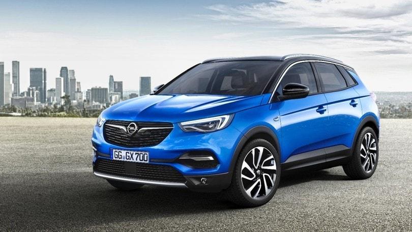 Opel Grandland X, il suv compatto svela le sue carte