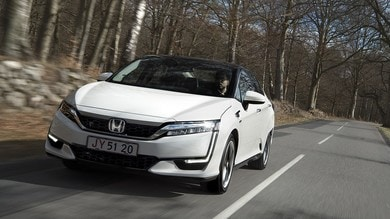 Honda Clarity Fuel Cell... l'ora dell'idrogeno