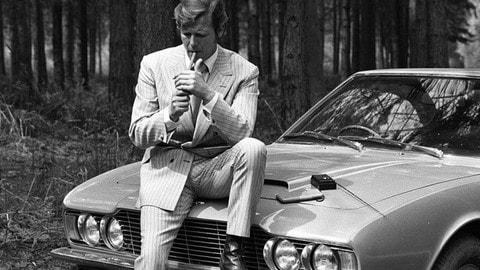 Roger Moore, una vita al volante