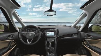 Opel, la tecnologia non teme l'estate