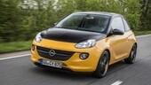 Opel Adam Black Jack, bicolore e connessa di serie