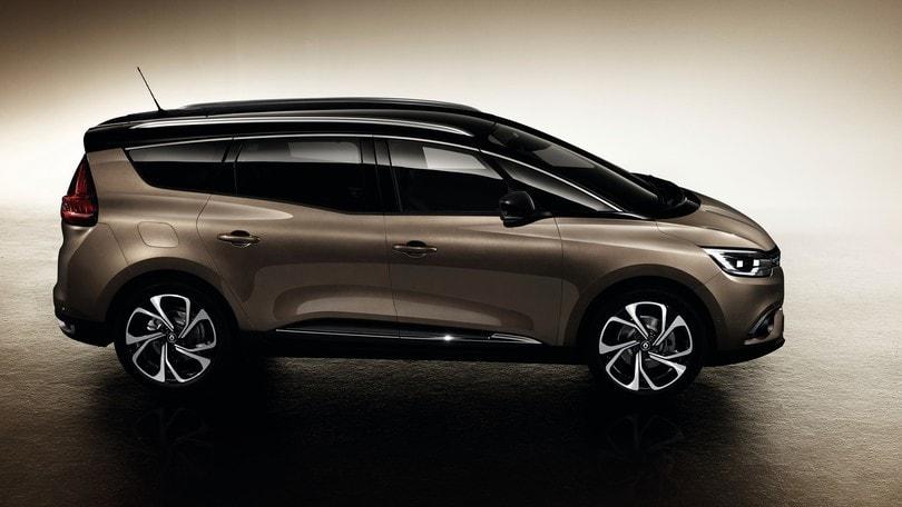 Renault, arriva l'ibrido su Scenic e Grand Scenic
