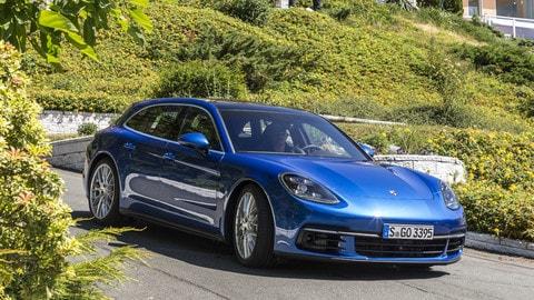 Porsche Panamera Sport Turismo: foto