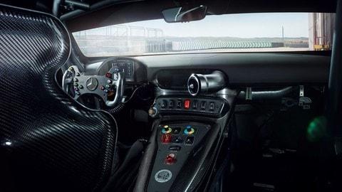 Mercedes-AMG GT4, le foto