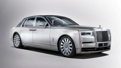 Rolls Royce Phantom VIII, le foto