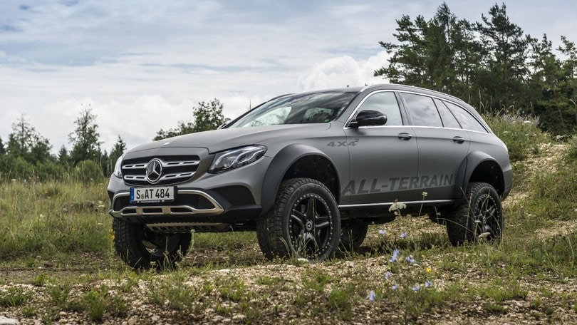 mercedes classe e all terrain 4x4 wagon inarrestabile. Black Bedroom Furniture Sets. Home Design Ideas