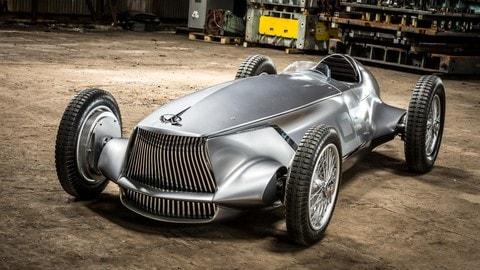 Infiniti Prototype 9, racer elettrica omaggio agli anni '40