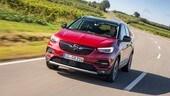 Opel mette la terza X, arriva la Grandland: primo contatto