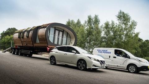 Nissan, il futuro elettrico 3.0 tra nuova Leaf e ricariche gratis