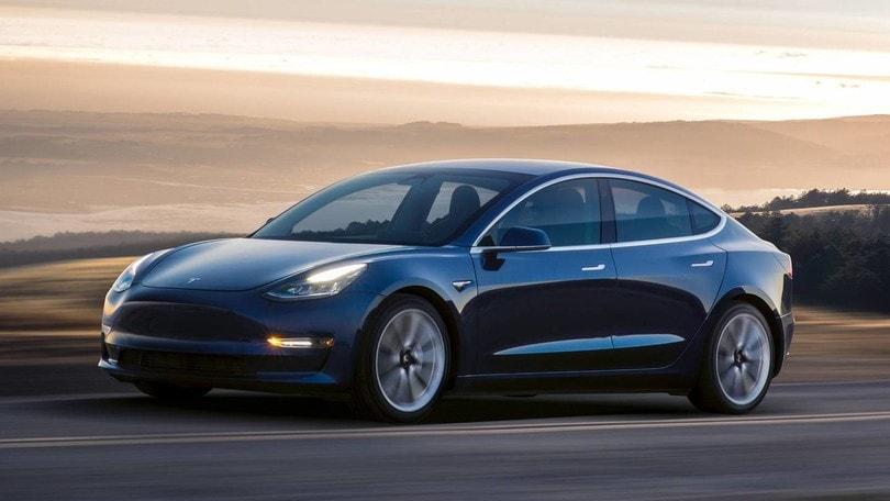 Tesla Model 3, in Italia nella seconda metà 2018