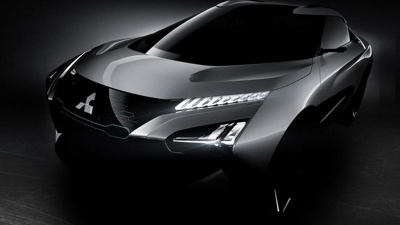 Mitsubishi e-Evolution concept, elettrico e intelligente