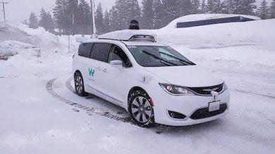 Waymo porta la guida autonoma sulla neve del Michigan