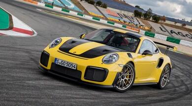 Porsche 911GT2 RS, oltre l'estremo: la prova in pista