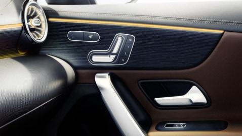 Bentley bentayga mulliner personalizzazione interni luxurycar