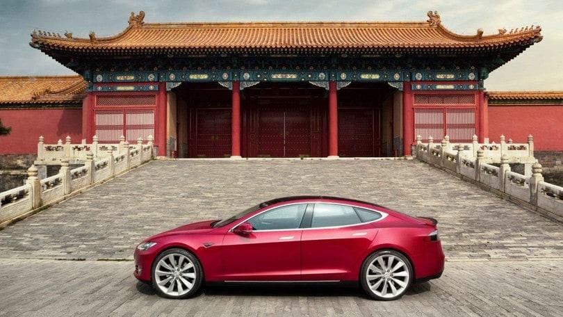 Tesla rilancia in Asia: Musk annuncia una Gigafactory in Cina